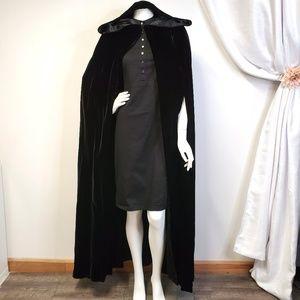 Vtg KAY UNGER Velvet Hooded Cape Cloak Witch Goth